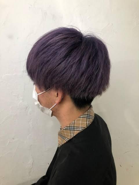 ヘアカラー紫 1か月前にブリーチ1回今は色が抜けて金髪です。画像のような紫は入りますか?