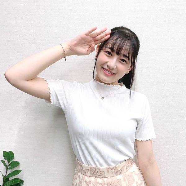 乃木坂46の向井葉月ちゃん可愛くなりましたよね? 女の子っぽくなっていて可愛いですね そしてスタイルも良いですね! 売れる売れない別として写真集が見てみたいメンバーになりました! いやらしい目では見てないので、、、笑