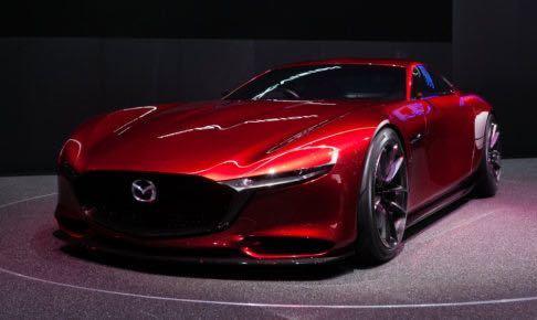 MAZDA(マツダ)のこの画像のデザインの車は何という名前ですか? もしかしてモデルカーですかね? モデルカーであれば1番近いデザインの車種は何ですか?