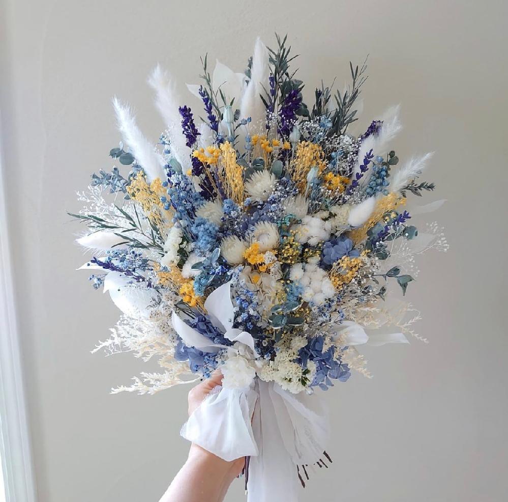 この花束を作るにはどれぐらいのお金が必要ですか? 大体の予算を教えてください