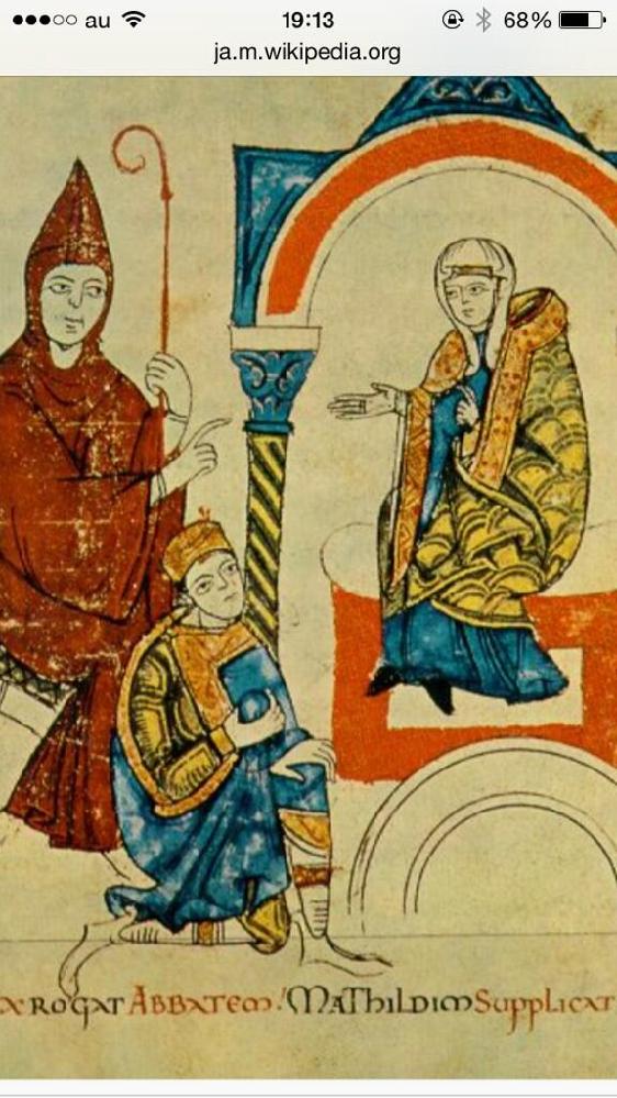 カノッサの屈辱に関しまして質問です。 ローマ王ハインリヒ4世は聖職叙任権をめぐってローマ教皇グレゴリウス7世と対立して破門されましたが、カノッサで破門の解除を願ったそうです。 こんな屈辱的な謝罪をするならば、最初からハインリヒ4世はグレゴリウス7世に聖職叙任権を平和的に交渉すべきだったと思います。 ハインリヒ4世は政治的な交渉能力が未熟だったのですか? それとも彼は長期的な計画があったのですか? 皆様は自分がハインリヒ4世だったら、どうしたかをお聞かせ下さい。