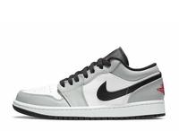 この靴かっこいいと思いますか? 優しい方回答お願いします。