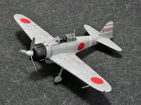 第二次世界大戦で存在した零式艦上戦闘機を同時期の連合国機と比較してください。