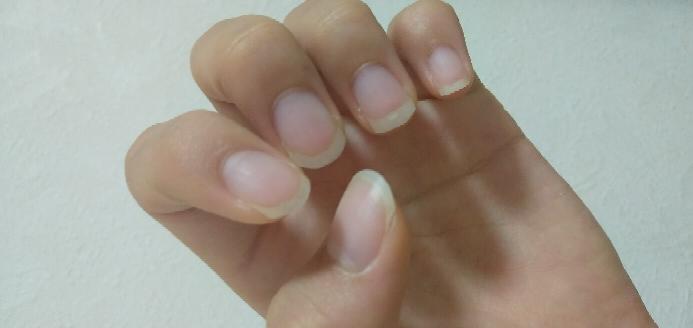 この爪はどうでしょうか!? 縦長にするアドバイス教えて欲しいです ♀️