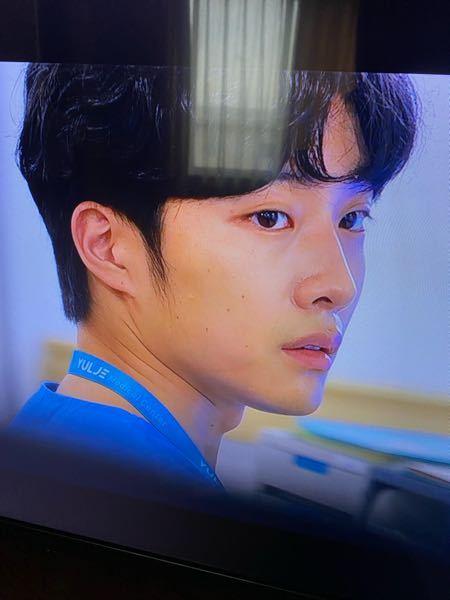 賢い医師生活のシーズン2(韓ドラ)に出てる 外科のインターンみたいな人 何て言う名前かわかりますか?