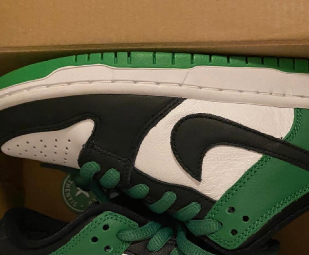 靴初心者です。 このような靴はなんて調べたら出てきますか?