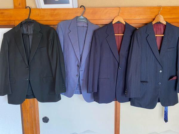 就活で使うスーツはどれが無難ですか?