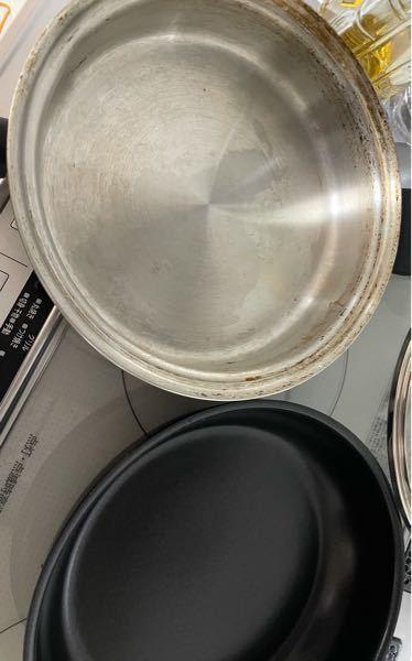 アムウェイクイーンクック大フライパンの周りについている茶色の焦げ。2年前からですが。 どのようにして落としますか?スクラブライトですか?方法はスクラブライトではどのように落としますか?