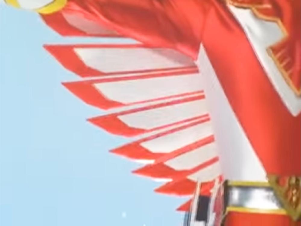 あなたが、次の言葉で思い浮かべるアニメや特撮(作品やキャラクター)は? 「(変身や変形で)翼が現れる」
