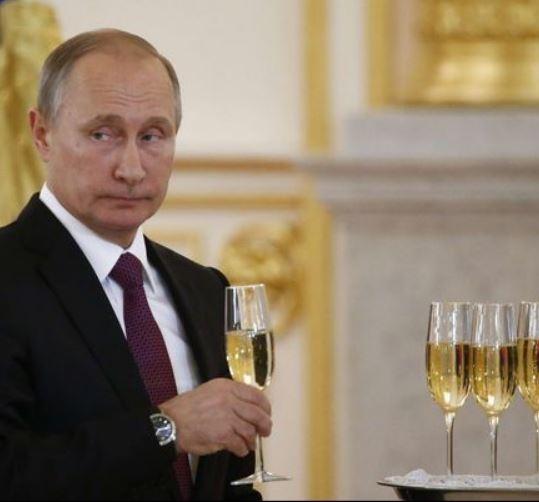 ロシアのシャンパン(シャンパーニュ)はどんな感じでしょうか? 実際に飲んだことがある方の感想を聞かせてください_(._.)_