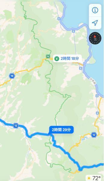 伊豆の道路について。 愛知・静岡方面から伊東の伊豆シャボテン公園辺りまで向かうのですが、画像の12号線と135号線だったらどちらの方が走り易いでしょうか? というのも以前、伊東・東伊豆方面に車で行った時に、中々の山道で細くクネクネとした険しい道を通った記憶がある為、なるべくそういった道は避けたく質問させて頂きました。 宜しくお願いいたします。