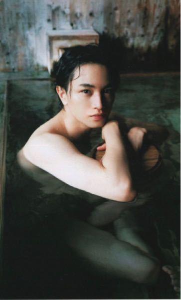 これは何の雑誌の中島健人さんですか? 特定できる方教えてください