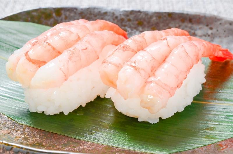 こんにちは 皆さんは 甘エビのお寿司は好きですか?? 身が分厚くて美味しそう!!