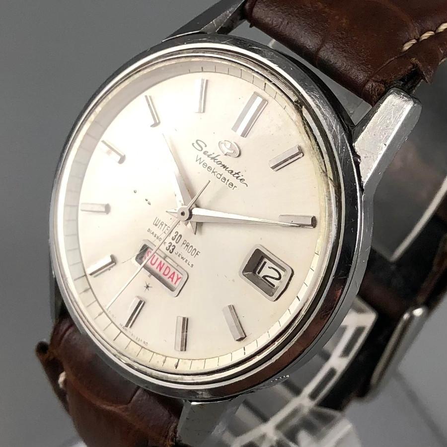 古いセイコーの時計「セイコーマチック」の風防を交換したいのですが、どの風防が合うのかがわかりません。この時計の裏蓋には6206-8990の刻印があります。 ヤフオクなどでは単品で風防が出品されていますが、ケースNo.である「8990」をキーワードで探せばよいのでしょうか? 添付写真の時計となります。 お詳しい方、ご教示の程、宜しくお願い致します。