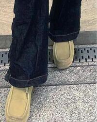 この靴どこのかわかる方いますか! UGGですかね?