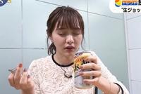 女子アナがビアガーデンやアルコール飲料の取材を行う際にお酒の試飲をしていることがありますが、お酒に弱い体質のアナウンサーも当然いると思います。 そう言った人はビアガーデンやアルコール飲料の取材から事前に外れると思いますか?  少し飲んだだけで真っ赤になったり気分が悪くなる人にとってそういう取材は辛いと思います。  また、この写真はテレビ東京の森香澄アナですが、お酒の取材をしているということは...