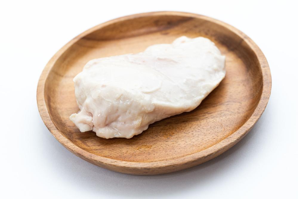 筋肉の人はサラダチキンて本当なんですか? 毎日だと飽きますよね? 味を変えているのでしょうか?