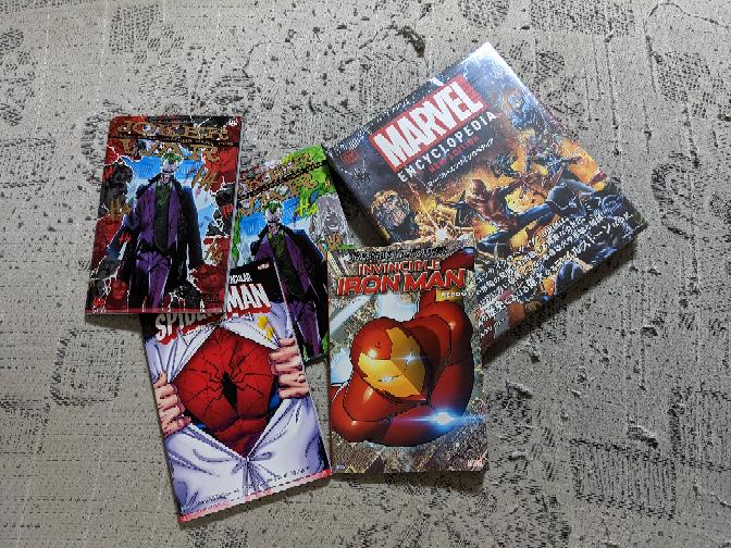 あなたのライフワーク(生き甲斐)はなんですか?僕のライフワーク(生き甲斐)は漫画ミュージアムや図書館に本を寄贈して、インターネットで自慢することです。長野県の白馬村図書館に日本語版アメコミ「マーベル・ エンサイクロペディア」「スペクタキュラー・スパイダーマン:イントゥ・ザ・トワイライト」「インビンシブル・アイアンマン:リブート」「ジョーカー・ウォー:コラテラルダメージ(上)」「ジョーカー・ウォー:コラテラルダメージ(下)」を寄贈しました。証拠画像ものせます。これで俺が6000部限定の「マーベル・エンサイクロペディア」を寄贈したのは、北九州市漫画ミュージアム、合志マンガミュージアム、明治大学米沢嘉博記念図書館、広島市まんが図書館、立川まんがぱーく、嘉手納町立図書館に続いて7ヶ所になったぜ!俺って凄いだろう?あなたのライフワーク(生き甲斐)はなんですか?