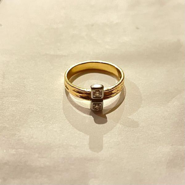 おばあちゃんからいただいた指輪なのですが、どこのブランドのものかわかる方いらっしゃいますか?