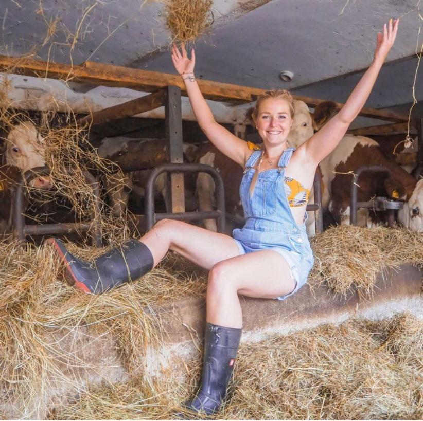 なんか、たまーに、すごくクッサイ臭いのする農場に行きたくなる時ありませんか?
