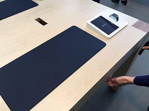 Apple store出よく見かけるこのマットが欲しいのですが似てるのでもいいのでどこかにありますか?