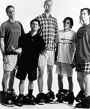 この一番左側の男性は180cmありそうですか?