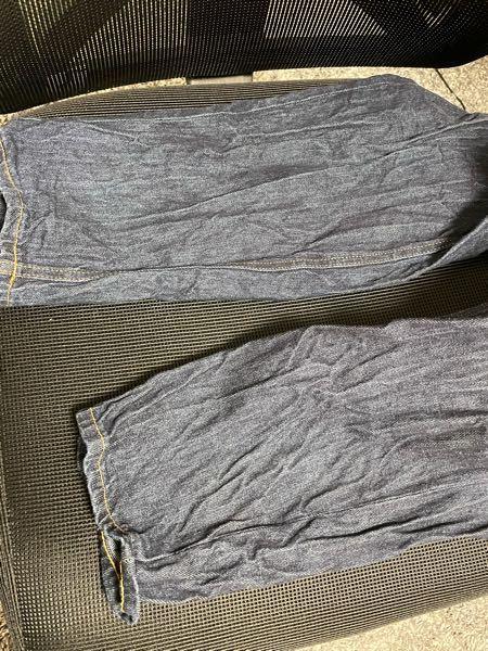1回洗濯しただけでこのようにしわくちゃになってしまったんですが、元通りに直す方法教えてください、、、。 guで買いました。
