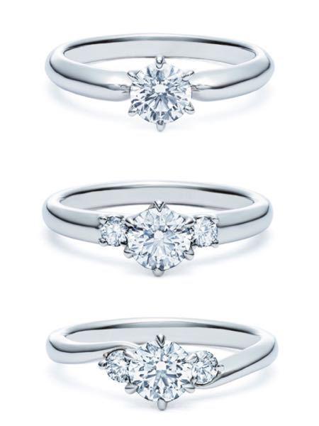 婚約指輪のデザインで、一粒かメレで迷っています。 結婚指輪と重ね付けして普段使いできて、歳を取ってもつけられるものがいいです。 結婚指輪の購入はまだ先ですが、今はダイヤが斜めに5粒ほどついているストレートタイプにしたいと思っています。 この中だとどれがいいかご意見頂けると嬉しいです。 ちなみに20代で指は細めです。 よろしくお願い致します。