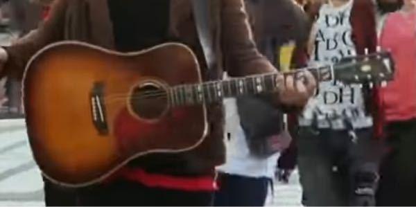 このギターはどこのメーカーのものですか?