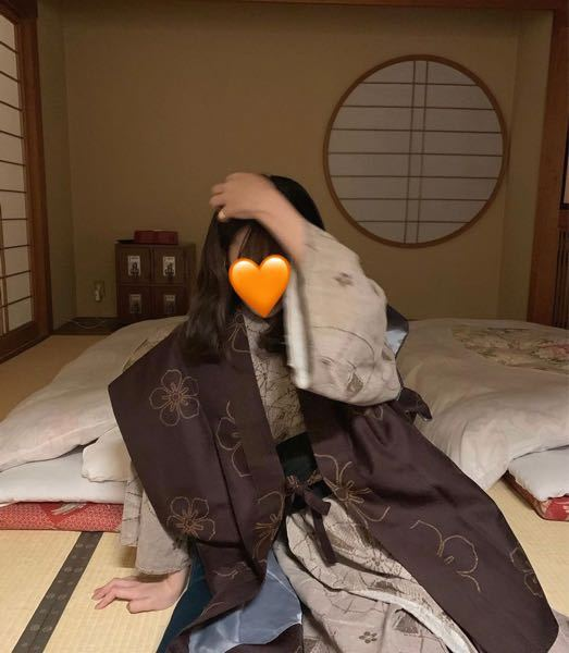 旅館に泊まりたいと思っているのですが、 こんな感じの可愛い 旅館着 浴衣 の旅館知っている方がいれば教えてほしいです! お洒落な旅館知っている方いませんか? できれば、金沢 岐阜 三重 あたりで...