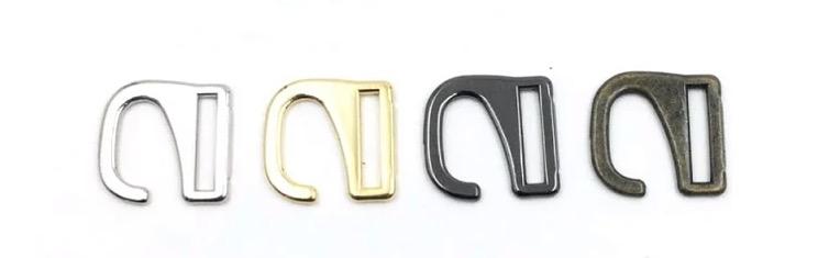 このパーツの(正式な)名称は何でしょうか? こちらのお店で見つけ、他にも商品を比較するために検索したいのですが、検索に殆どひっかかりません。 https://item.rakuten.co.jp/marujo-parts/m7456-16/ ・引っかけバックル ・S字美錠(尾錠) ・S字フック美錠(尾錠) 「S字フック」だとクローゼットの中で使うようなタイプのものが沢山出てきてしまいます...「ファッション」「アパレル」等も入れてみますが見つけられず...。金具やファッションパーツにお詳しい方、どうぞよろしくお願い致します。