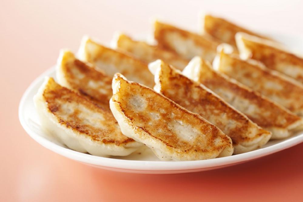 餃子には何をつけて食べますか?