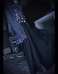 騎士Aのゆきむら。さんが着用している、このパンツはどこのブランドのものでしょうか? わかる方いらっしゃったら教えていただきたいです。