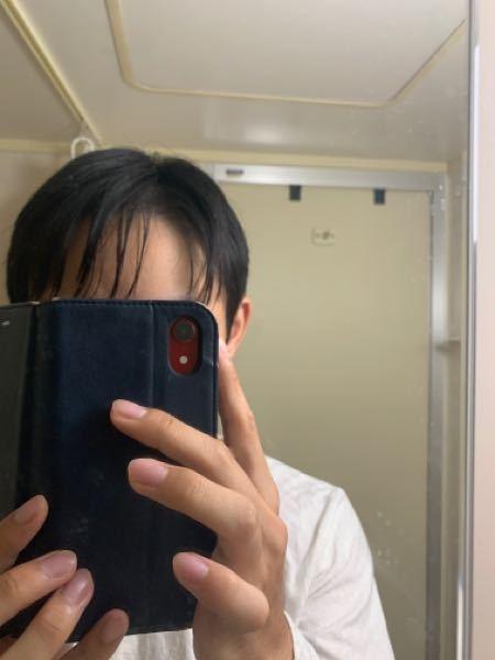 これだと前髪にワックスつけすぎでしょうか?