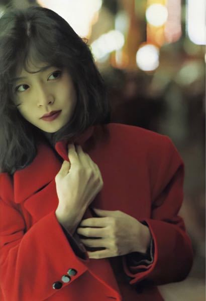 中森明菜さんのシングルA面の曲(タイトル曲)以外で、お好きな曲を1曲と、その曲をお好きな理由を教えてください。