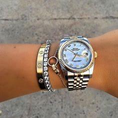 日本の貧困層はどんな時計を身に着けておりますか?お金持ちはロレックスだけど、貧困層の時計は??