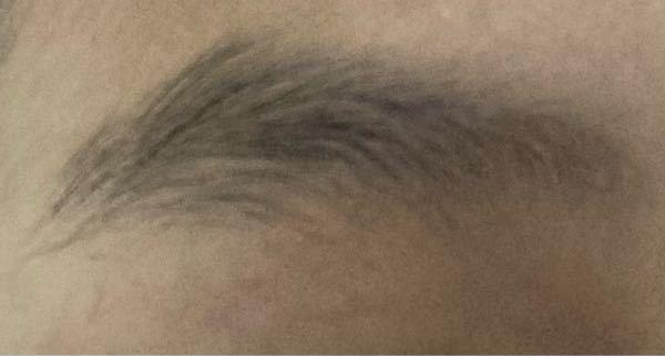 この眉毛どうやって剃ればいいですかね、、 女です。 抜くのは出来るだけしたくないです きれいにする方法など先輩方から教えて欲しいです。