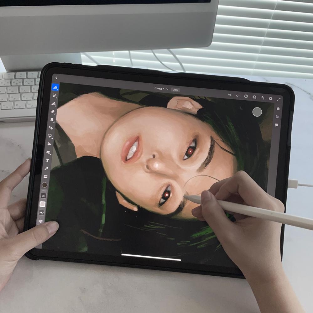写真のお絵かきソフトなんて名前のソフトか教えてください! よく三次元に近い絵を描いている方が使っているイメージですが、三次元が描きやすいソフトだったりしますか?