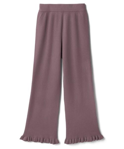 このリブニットのズボンに合う コーデ教えてください! ・実際は写真よりももう少し淡い色です。 ・ハイウエストです ・これからの時期に着られるコーデでお願いします!