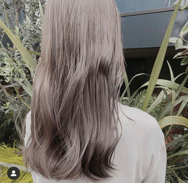 こんばんは。 今、肩くらいに髪の毛が伸びているのですが 画像の写真くらい伸びるのは大体何月頃ですか?
