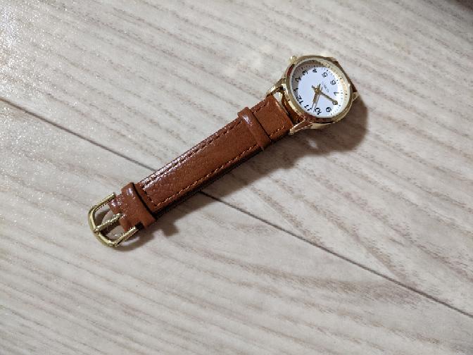 こゆシンプル腕時計って何歳もいけますか?