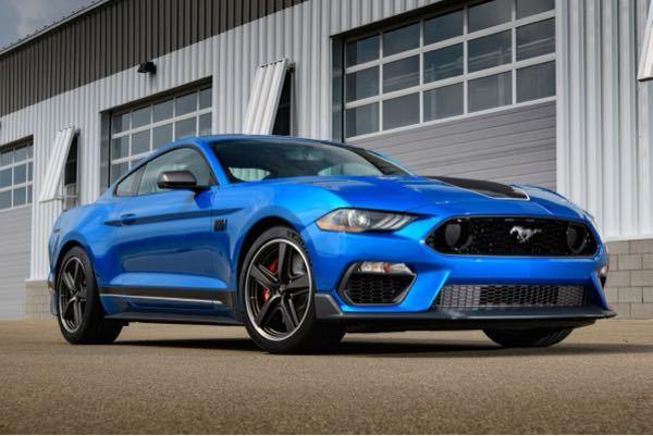 フォード・マスタングに「マッハ1」が復活しました。 5.0リッターV型8気筒自然吸気エンジン 最高出力480hp/7000rpm 最大トルク570Nm/4600rpm V8ガソリンエンジン、皆...