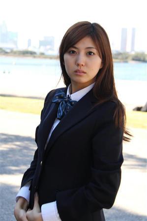 あなたが思う岩崎名美ちゃんの魅力とは何ですか? (本日10月25日が名美ちゃんが25歳の誕生日なものでこんな質問)