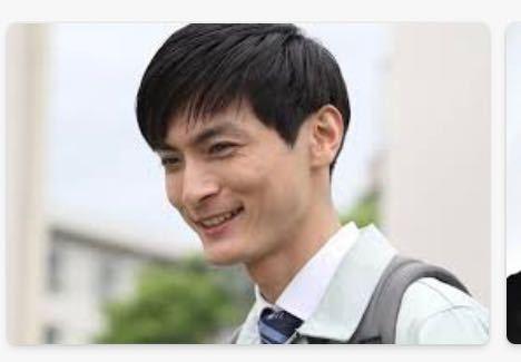 高良健吾のこの写真にそっくりな俳優さんいますよね? たぶん30後半から40代だと思います CMやドラマにも出てると思うのですが名前がわかりません 誰かわかる方いませんか? すらっとして背は高めのイメージです 笑ったとき目尻にシワがあった気がします