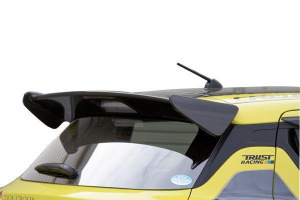 最近、ZC33Sのスイスポに乗り換えました。 リアスポが控えめで良いって人もいるかもしれませんが、社外品も良いなと思い始めまして。 大きなものはあまり好みではないので、とりあえず消去法で詰めて...