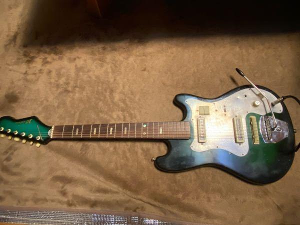 このギターのメーカーわかる方いますか? 祖父の家にありメーカーが分からないのでお願いします。