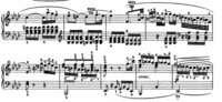 ベートーヴェン・ピアノソナタ「悲愴」第2楽章の弾き方について ピアノ独学者です。ベートーヴェン・ピアノソナタ8番「悲愴」第2楽章の弾き方について教えてください。  添付画像の3小節目からです。  いま、横内亜弓さんの演奏http://www.youtube.com/watch?v=344XLDV4D_w&feature=channelを聴いていて思ったのですが、人によって弾き...