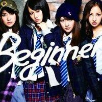 AKB48センターは、もう大島優子ではなくなったのですか? 今度発売される新曲のCDジャケットを見たら、 前田さんと高橋みなみさんが真ん中にいました。  プロモも前田さん中心なのでしょうか?