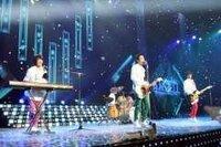 韓国版 美男ですね  ブルーレイBOXに特典映像 として入っている ライブ映像は何の曲ですか?  この衣装ですか?