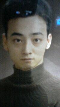 これは嵐の松本潤の若い頃の写真ですか? それとも、ジャングルポケットの斉藤の若い頃の写真ですか?
